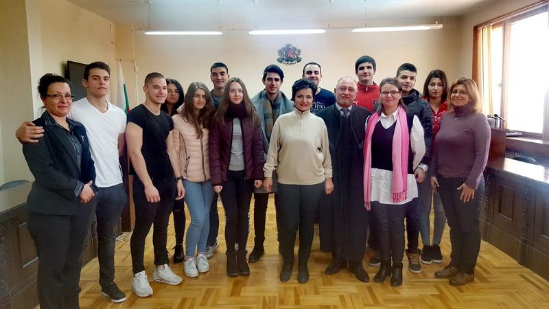 Ученици от ПГСАГ участваха в Образователната програма на Висшия съдебен съвет