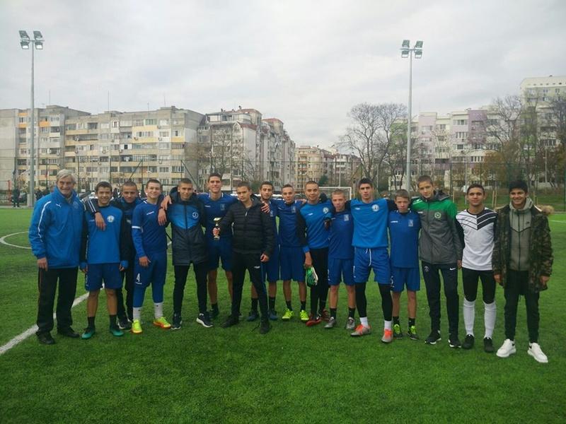 Първо място в общинско първенство по футбол - ученически игри!