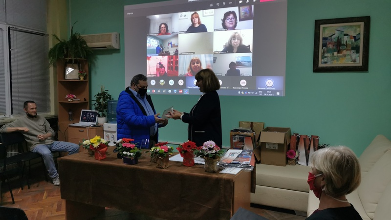 15 почетни знака получиха личности, допринесли за развитието на ПГСАГ